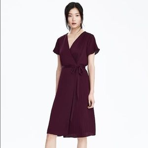 Banana Republic pleated wrap dress in secret plum